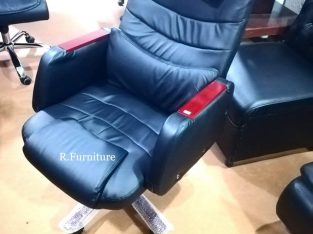 Imported Executive chair Model No.R-47