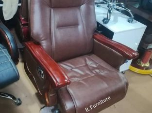 Imported Executive chair Model No.R-203