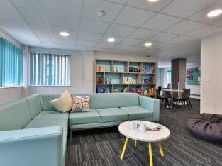 Get Upto £400 Cashback on iQ Pavilions Lincoln Student Accommodation