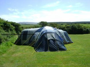 tent 9 man cost 500 new , very big tent in very good condition