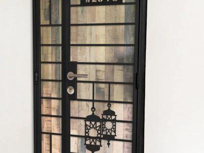 WTS: Hari Raya Haji Designed Kato Gate $680 HP: 97294946