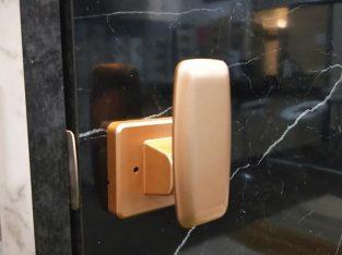 WTS: Satin Gold Push Push Lock $68 (U.P $88) HP: 97294946