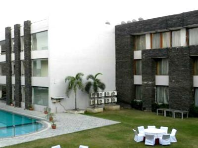 Resorts in Rewari | Resorts near Delhi | Hans Resort in Rewari | Rewari Resorts