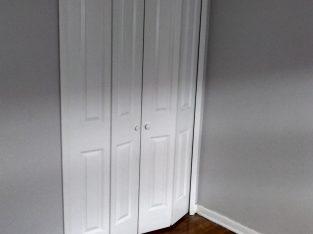 Clean Rooms For Rent In Multi Unit Building In Calumet City.