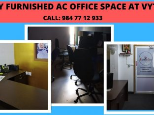FULLY FURNISHED AC OFFICE SPACE AVAILABLE AT VYTTILA