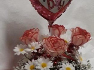 Rose Valentine Day Scented Arrangement with balloon Handcrafted