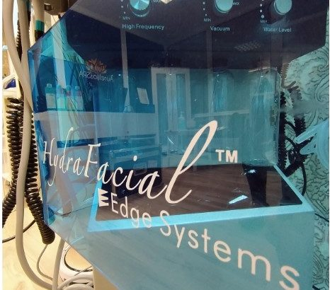 HydraFacial Machine 10in1 with Original handle
