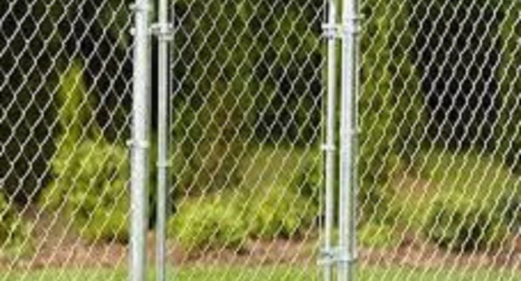 Chicken Fence Service in Canada