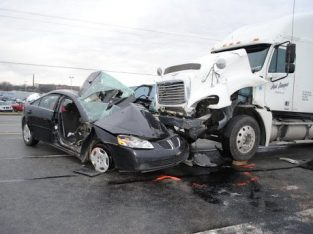 Truck Wreck and Accident Lawyer in Atlanta, GA