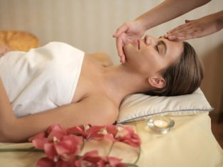 Aroma Oil Massage therapy Is Available on Your Nearest Place in Kanchipuram