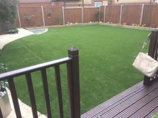 Get Affordable and Best Services of Artificial Grass Supply & Installation in Watford – Contact Now.