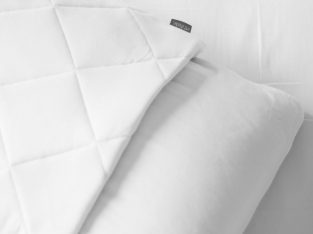 Buy 2 pack Pillow Covers | Pillow protectors by Sleepsia