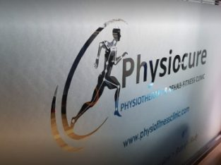 Looking for Best Physiotherapists In Mumbai? Visit Physiocure Clinic